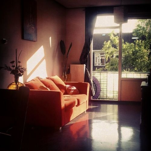 Home is where the Heart is.. Love my Red Couch Bank Rood Thuis Bamboo Floor Bamboe Vloer Buddha Boedha Summer Sunshine Angelrays Zomer Zonneschijn Delft NL Home Sweet Home Home Interior Thuis Samsung Galaxy S5 Relaxing Sunlight