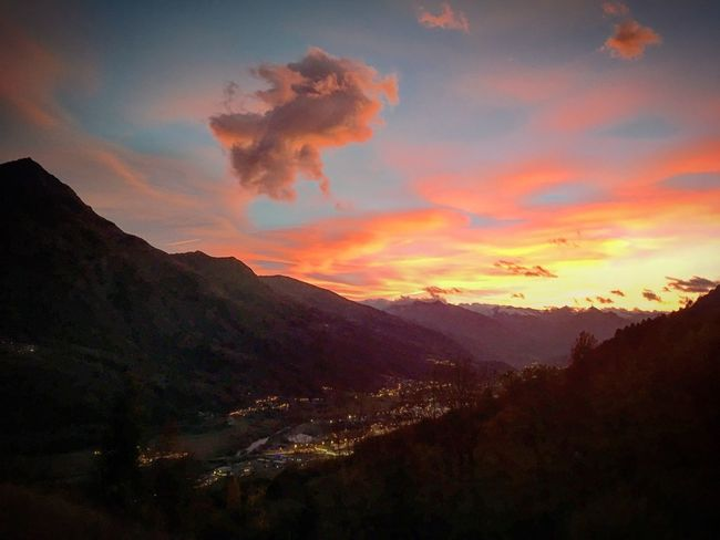 Mountain Sky Sunset Beauty In Nature Nature Scenics Tranquil Scene Cloud - Sky Landscape Mountain Range Tranquility No People Outdoors Day Tramonto Aosta Ilovevda Beccadinona Autunno