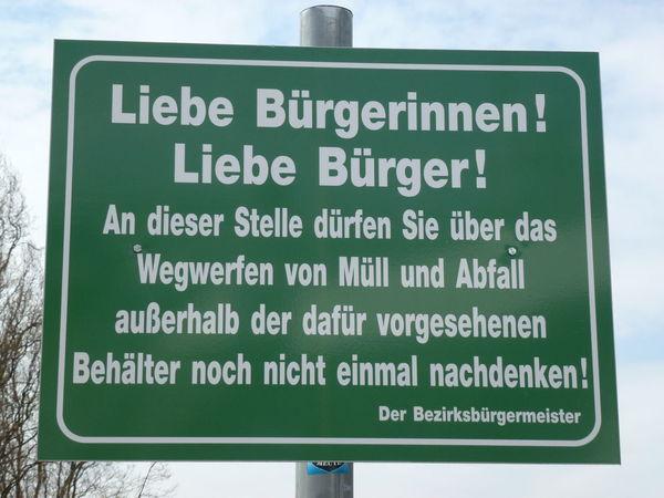 Abfall Alt Tegel Berlin Frechheit Germany Information Müll No People Schild Sign Tegel Tegeler See Unglaublich  Warning Sign