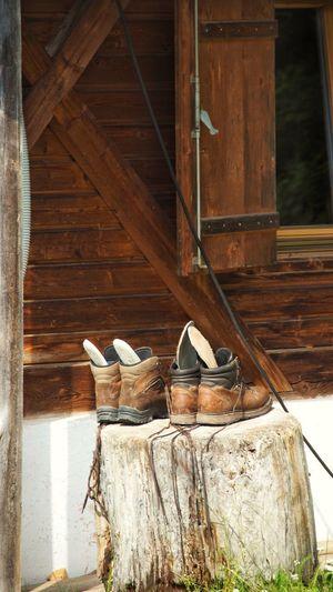 Italy Walking Boots Cleaning Equipment Wood - Material Pair Architecture Built Structure