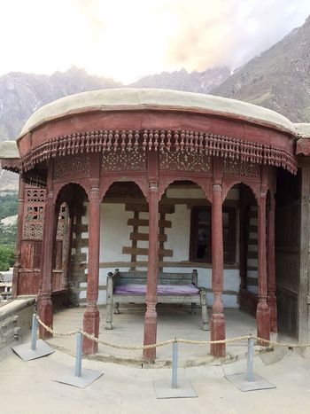 Baltit Fort Hunza Hunza Valley Pakistan Karimabad Hunza Built Structure Architecture Cultures Mountain Famous Place Outdoors Hidden Gems  Capture The Moment Antiquities Beauty In Nature Tourism Traveling Taking Photos Beautiful View In Front Of Man Made Object Tradition