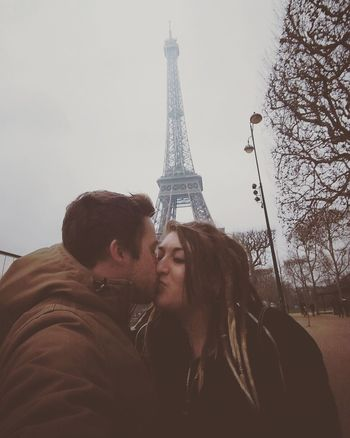 Paris! 🇫🇷 11/02/2017 Tower City Romance Couple - Relationship Love Two People Travel Destinations Cultures Togetherness Outdoors EiffleTower France View City Love