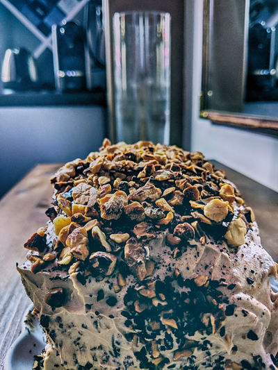 Gâteau à l'amande et au café Coffee Almonds Baked Bread Close-up Coffee Cake  Dessert Focus On Foreground Food Food And Drink French Food Freshness Indoors  Indulgence No People Ready-to-eat Sesame Seed Snack Still Life Sweet Sweet Food Table Temptation Unhealthy Eating Wellbeing