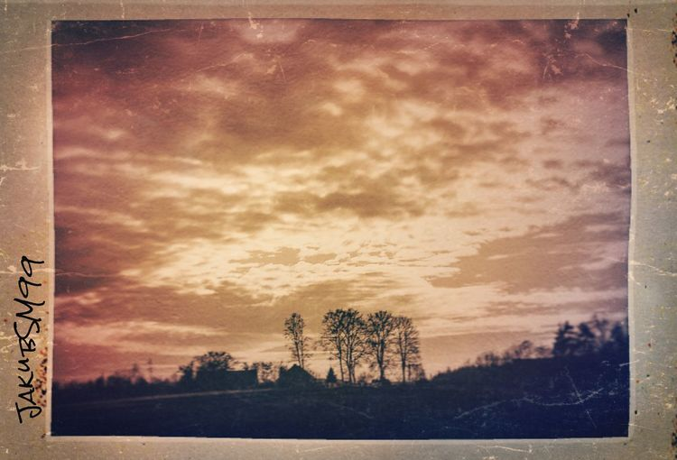 New photo What do you think ? Vintage Check This Out Taking Photos Travel Traveling Roadtrip Trip Photooftheday Mynewphone Photo Picoftheday Picture Pic JakubSM99 Village House