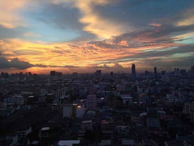 Sun down Sunset Sun Down Hiding Sun Evening High Building Bangkok Thailand AIA Capital