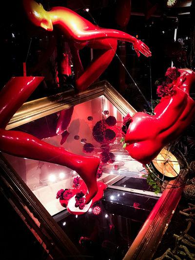 Night Illuminated Indoors  Urban Exploration Urban Lifestyle Urbanphotography Nikonphotography Street Photography Photographer EyeEmNewHere New York City Eyeameveywhere Window Window View Reflection Photography Window Shopping