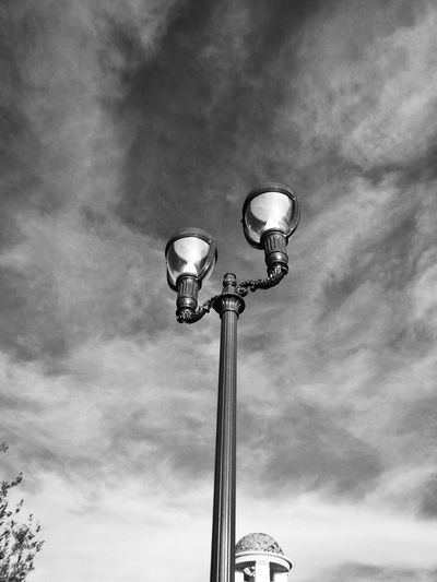 Lampost Monday Street Lamp Monday Negro Black Blanco White EyeEm Never Will Give Me A Prize For This Shot, But It's Pretty Cool For Me!thank you for invite both of you