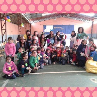 hoy celebrando a los peques del colegio Atenciondeparvulos Tecnicoenparvulos Diadelnino Instachile L4l F4F Nice Cute