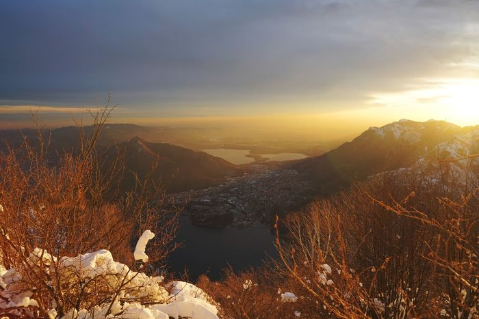 Panorama.. Brianza Lecco A7r2 Sonya7 Lake Lucariva Comolakeitaly Sonya7r2 Sonyimage Sonyalpha7 Comolake Ff EyeEm Selects Sunset Nature Landscape Sun Mountain Gold Colored Scenics Sky Cloud - Sky Beauty In Nature No People Sunlight Tranquility Outdoors Cold Temperature Tree Winter EyeEm Ready