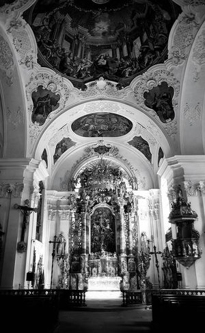 Religion Arch Architecture History Indoors  Architectural Column Place Of Worship No People Architecture Black & White Monochrome Photography Monochrome _ Collection Black & White Photography Church Detail Taking Photos My Point Of View The Week On EyeEm Architectural Detail Built Structure Monochrome Photograhy Church Architecture Monochrome Travel Destinations First Eyeem Photo