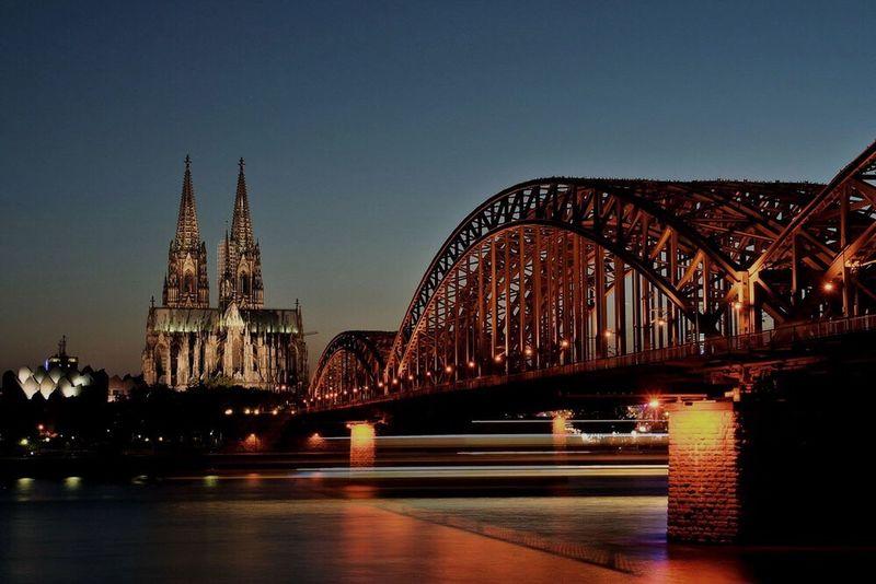 Learn & Shoot: After Dark Cologne Cologne Cathedral Cathedral Köln Kölner Dom City Life Cityscapes City Night Lights Nightphotography Cologne , Köln,  DeutzerBrücke Germany Photography In Motion