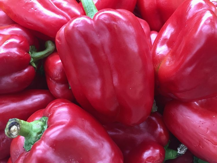 Vegetable Red Food And Drink Food Full Frame Healthy Eating Still Life Abundance Red Bell Pepper Freshness Bell Pepper No People Backgrounds Raw Food Large Group Of Objects Close-up Market Day Redpeppers Redpepper Pepper Peppers Red