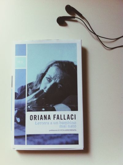 Me Book Orianafallaci Relax