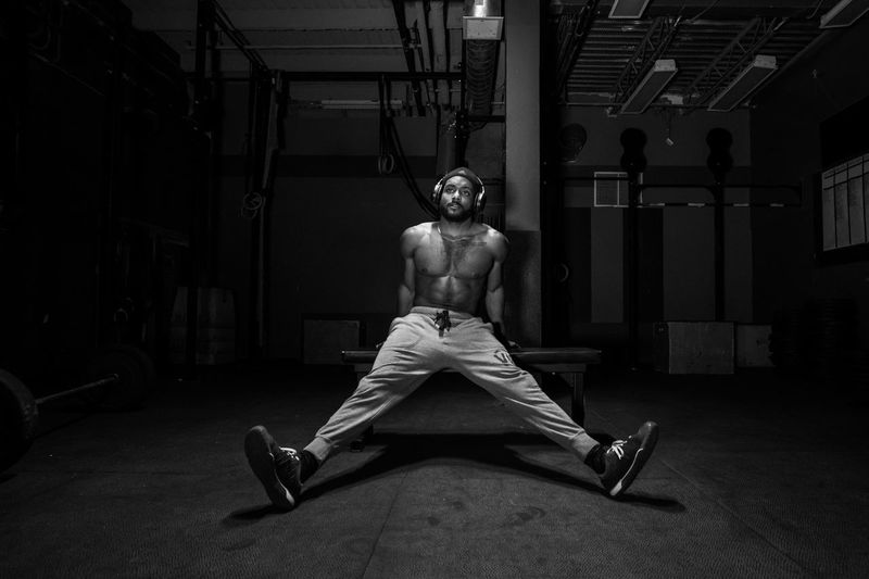 MJ style Fitness Journalism Crossfit Streetphotographers Fujifilm_xseries Portraits Portraiture Fuji Faces Of EyeEm Portrait Photography EyeEm Best Shots - Black + White Photooftheday FUJIFILM X-T2 Black And White Light Streetphoto_color Sport Montréal Streetphotography_bw One Person Full Length Men Real People Lifestyles Sport Indoors  Leisure Activity Adult Sitting Gym