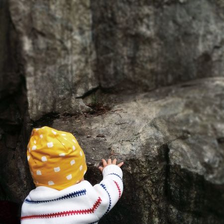 Baby rock climbing! Climbing Kidsphotography Rock EyeEm Nature Lover