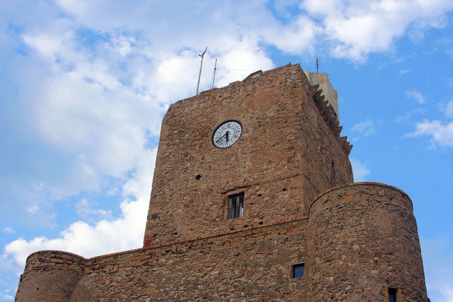 View of the castle of Termoli Castle Termoli  Architecture Building Exterior Built Structure Clock Clock Face Clock Tower Cloud - Sky Clouds Clouds And Sky Heritage Heritage Building History Italy Low Angle View Minute Hand Molise Outdoors Sky Time Tower