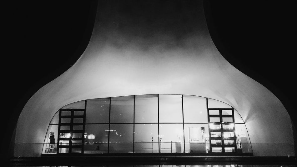 Opéra Music ToyoIto Architecture Curve Soft Blackandwhite