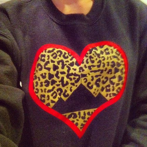 My favorite sweatshirt !! EstaBlished Cheetah ❤