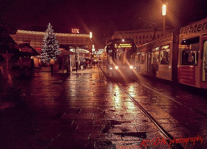 Gutenacht Illuminated Night Architecture Public Transportation Transportation Mode Of Transport City ADSON....📷❤ ADSONphotography AMMAR ADSON غرباء Rain City Large Group Of Objects ثورة Large Group Of People خريف Adults Only Bare Tree Guten Morgen Sky Gutenabend Real People No People