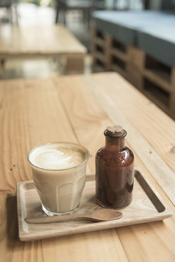 Coffee Latte Cup Sugar Organic Hot Background Espresso Drink Beverage Fresh Mug View White Food Tasty Breakfast Aroma Cafe Caffeine Morning Top Brown Beans Natural Closeup Dark Cappuccino Art Break Space Close Milk Aromatic Saucer Mocca Cake Black Table Heart Roasted Hot Coffee Latte With Organic Sugar