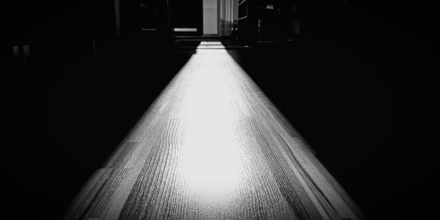 Good night Sun ☀️ 💢 🐾🐜 Project790301 Nasirlnd Umysł Mysl Dobryduch Mocduszy Wemnie Wnas Poland Polska Brain Blowmind Inme Nowayticket Illuminated Architecture Diminishing Perspective Treelined Double Yellow Line Road Marking Pathway Walkway Zebra Crossing Asphalt Wall Lamp HUAWEI Photo Award: After Dark