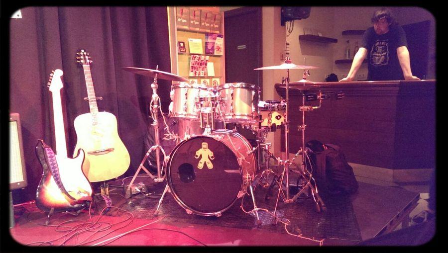 fantàstic concert dels @palance.cat ahir a la nit. Concert Music Live Music Drums