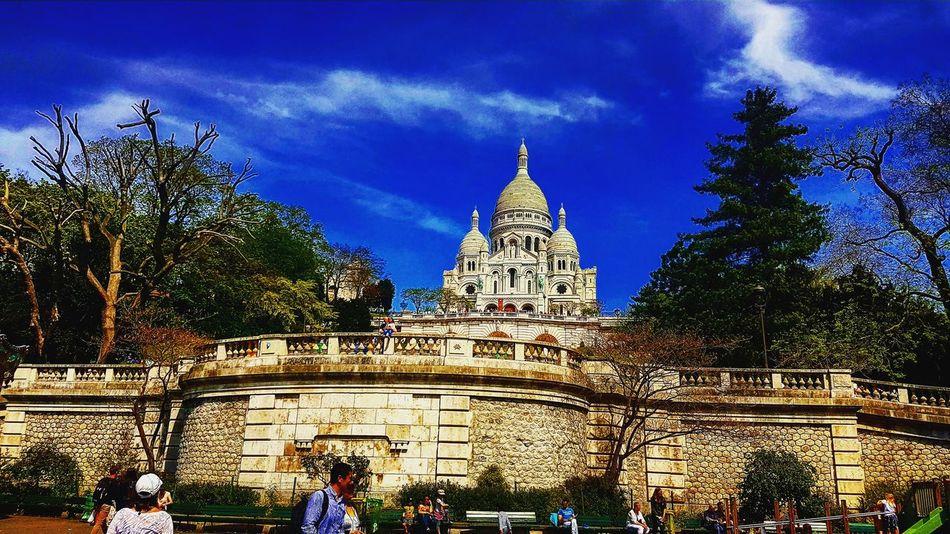 Praying Paris ❤ Paris Je T Aime Parisfrance Followme ❤️ Follow4follow Followback Like4like