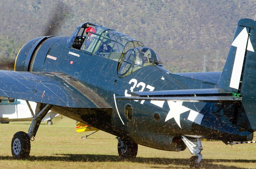 Airshow Military Airplane Airplane Warbirds Avenger Old-fashioned Military Propeller Airplane Vintage Aircraft Warbird