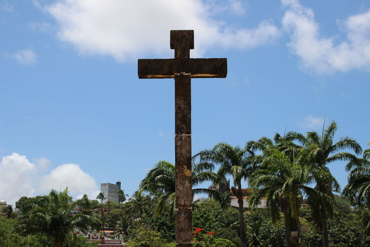 NoEditNoFilter Cross Crucifix Cross Shape Religion Cloud - Sky Sky Tree Spirituality No People Symbol Outdoors Exploring Brazil Brazilian Gallery Simplicity City Built Structure History Travel Destinations Architecture_collection Architecture
