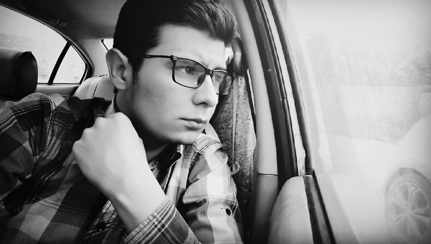 Eyeglasses  Lifestyles Window Waiting Car Fashion One Person That's Me Selfie ✌ Portrait BacktoEyem Long Time No See EyeEm People Black Hair Life Young Adult