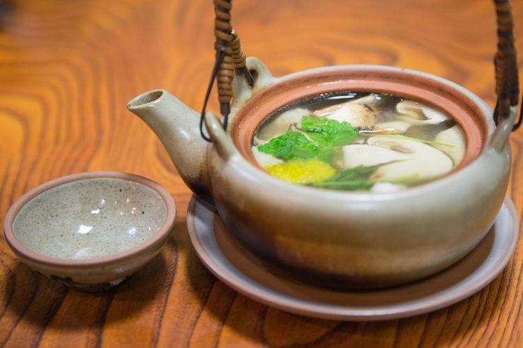 松茸土瓶蒸し Matsutake OSAKA Japan Steamed Pine-mushroom Pot Drink Drinking Glass Table High Angle View Hot Drink