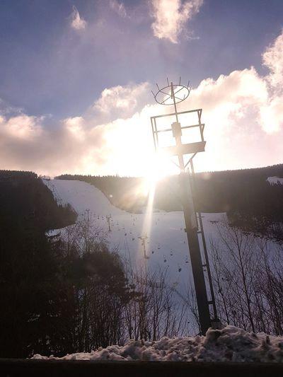 Snowboarding Sun Sky Clouds And Sky Ski Lift Wintersport Holiday Cloud - Sky Day Outdoors Sunlight Sky