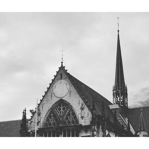 Beautiful Architecture and Design . The NieuweKerk church. At the DamSquare in the CityCenter centrum. amsterdam holand netherlands niederlande. Taken by my SonyAlpha dslr dslt a57 . تصميم معمار ساحة كنيسة امستردام هولندا