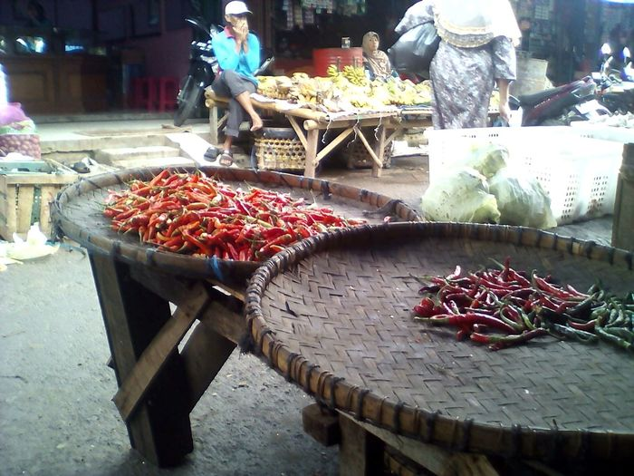 market Food And Drink Food For Sale Market Incidental People Retail  Freshness Market Stall Healthy Eating Business Finance And Industry Choice People Adult Seafood Abundance Vegetable Outdoors Variation Meat Day Connected By Travel