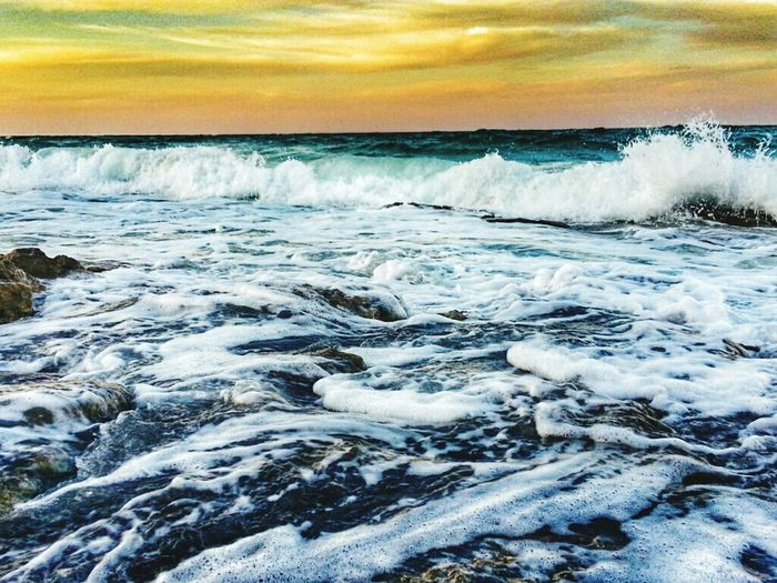 وآحفظ لي ي الله منَ يريد آلبقاء معي صدقاً وليس تصنعا .. Aljubail AlJubail Beach. With My Friends Beach Clouds And Sky Rainy Days الجبيل المارينا