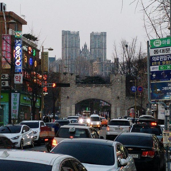 正門をくぐると別世界。 회기동 경희대학교 평화의전당 Kyung Hee Univ. Seoul South Korea First Eyeem Photo