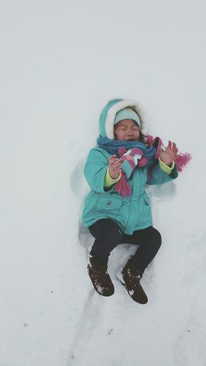 Child Kids Asian  Toddler  Winterwonderland Outside Winter Snow Cold Daughter Snowangel Nothanks Girl Adventure