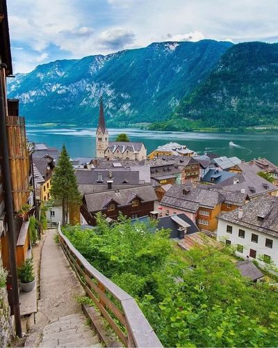 hallstatt , Austria 💙💙 Hallstatt, Austria Hello World ❤ You Follow My Eye Em 💙 I Follow Back First Eyeem Photo Very Nice 😱😱 Real Picture Sky Amazing View No Edit Relax Travel