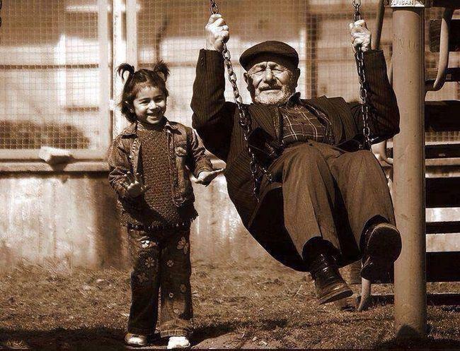 RePicture Leadership herzaman Yanımda olan bana hem anne hem Babalık yapan ve onların yokluğunu hissettirmeyen dedeme gelsin bu fotoğraf :) Dedem <3