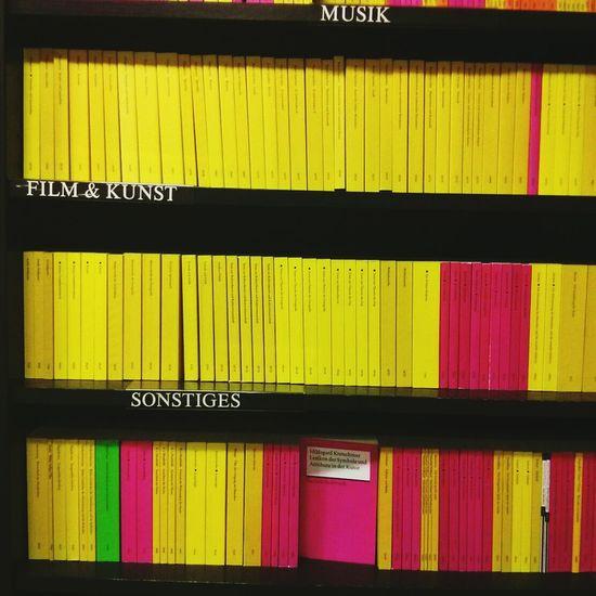 Books musik kunst & sonstiges. Yellow Pink Things Organized Neatly Dark Pink By Motorola