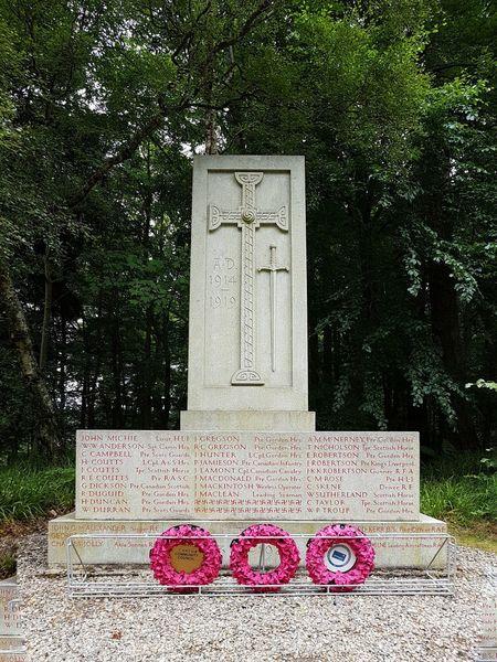 Memorial Ww1 Scotland Cairngorms Balmoral