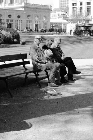 Sitting Mature Adult Park - Man Made Space City Adult Outdoors Men Day People Grass Tree Human Body Part Cityscape City EyeEmNewHere Old People Newspaper Parc Sitting Outside Sitting In The Sun Sunny Day Spring Friendship Goals Peoplephotography People And Places TCPM The Portraitist - 2017 EyeEm Awards The Photojournalist - 2017 EyeEm Awards Live For The Story This Is Family