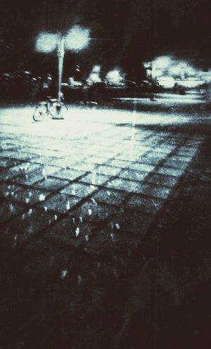 Street at night Street Photography Sideways Sidewalk Photograhy Night Bicycle Lamplight City Life Dreaming B&w B&w Street Photography Streetphoto Street Light EyeEmNewHere The Street Photographer - 2017 EyeEm Awards