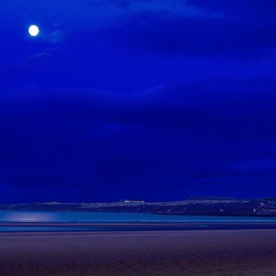 "St. Andrews beach. Nikon D7000, ISO 100, 3""sec f16 Insta_sky_reflection Ig_shutterbugs Nature_sultans Igsuper_shots Ig_landscapes Loves_Scotland Igbest_shotz BonnieScotland Bnwscotland Insta_Scotland Explorescotland Igerscots Nikond7000 Nikonphoto Standrews Nature_wizards Sky_sultans Loves_Scotland Loves_nature Landscape_captures Ig_scot Icu_britain Ic_water Igerscots Natures_best_shots lovelynatureshots global_hotshotz"