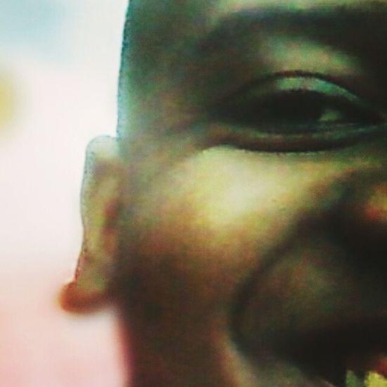 Me pegaram desprevenido, sendo feliz, enquanto a intenção era me ver triste. Smile ✌ Likeeyeem Ebony Dimalima Garcia