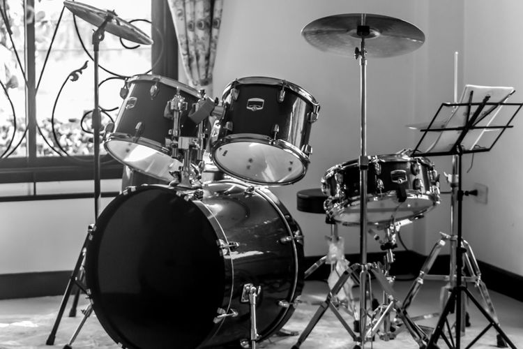 Drum Set Percussion Shadows & Lights Blackandwhite Band Absence Arts Culture And Entertainment Close-up Cymbal Day Drum Drum - Percussion Instrument Drum Kit Enjoyment Focus On Foreground Indoors  Metal Microphone Music Musical Equipment Musical Instrument No People Percussion Instrument Stage Still Life Studio