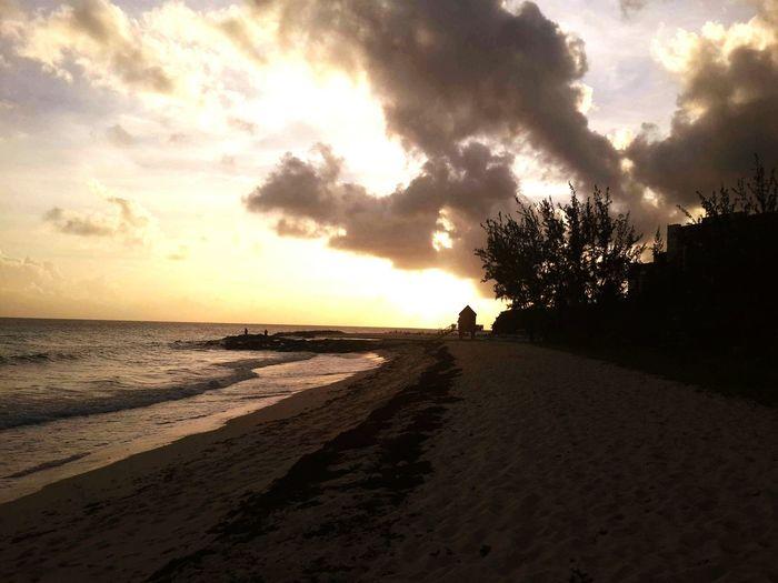 Relaxing Enjoying The Sunset Weekend Beach Life Islandlife