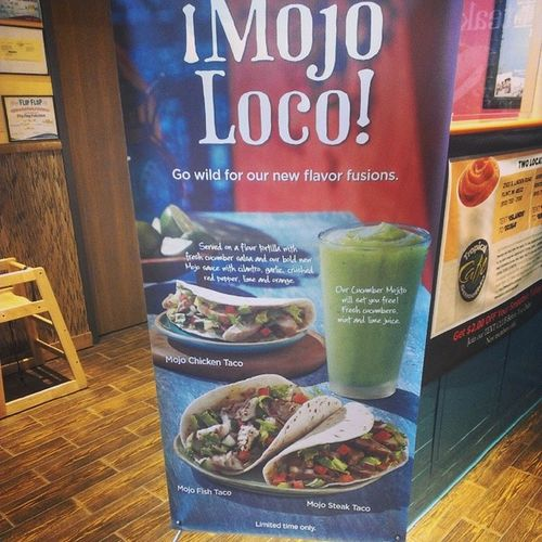 Whaaaat! New chicken, fish and steak tacos from Tropical Smoothie?! I must give them a try next! Tropicalsmoothie Mojoloco Tacos