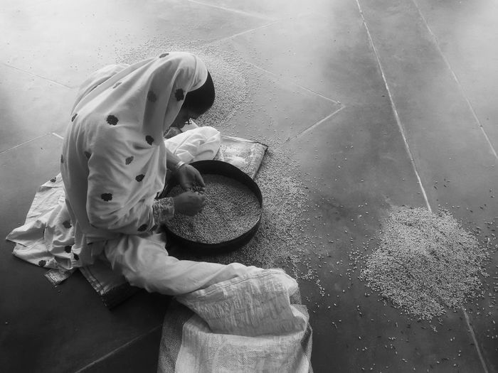Domestic Labor House Wife Feminism Blackandwhite Wheat Floor Woman One Person Domestic Gratitude Rural 50 Ways Of Seeing: Gratitude 17.62° International Women's Day 2019 Moms & Dads