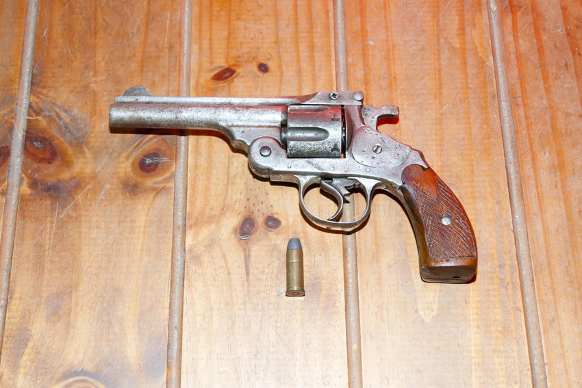 Antique 44 Caliber Magnum Gun 44 Bullet Caliber Gun Handgun Magnum Old-fashioned Wood - Material
